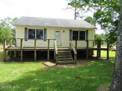 2 Bed 1 Bath Foreclosure Property in Bayboro, NC 28515 - Nc Highway 304
