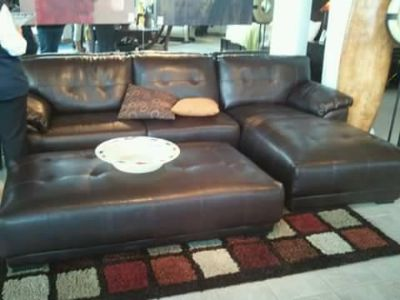 $800, Sectional in good condition OTTOMAN NOT INCLUDED