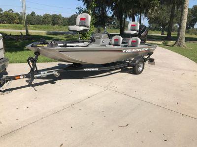 2017 Tracker 160 w/ 40 hp Mercury outboard