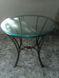 Iron & Glass Taable