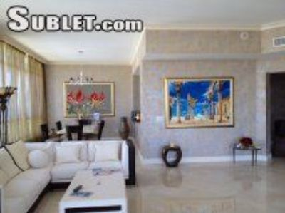 $7500 3 apartment in Hollywood