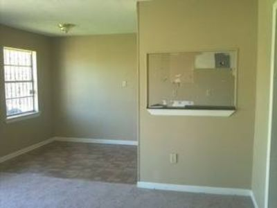 - $35900 3beds 1.5 baths New Orleans (70131)