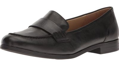 Naturalized Women s Veronica penny loafer