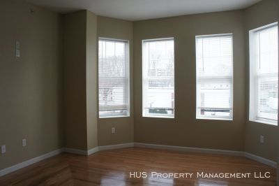 BRAND NEW LUXURY APARTMENT IN WOONSOCKET!!