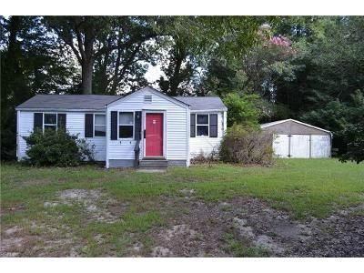 2 Bed 1 Bath Foreclosure Property in Hayes, VA 23072 - Williams Landing Rd