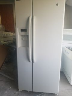 Side by side Refrigerator Frigidaire Gallery