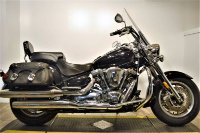 2004 Yamaha Road Star Midnight Silverado Cruiser Motorcycles Wauconda, IL