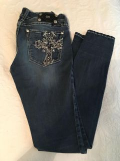 Buckle jeans size 28