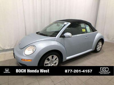 Used 2009 Volkswagen New Beetle 2dr Auto PZEV