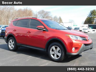 2013 Toyota RAV4 XLE (Barcelona Red Metallic)