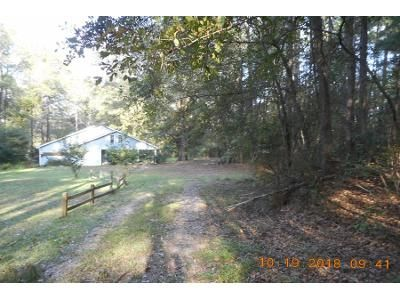 1.0 Bath Preforeclosure Property in Warrenville, SC 29851 - Monarch St