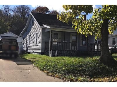 2 Bed 1 Bath Preforeclosure Property in Parkersburg, WV 26101 - 6th Ave