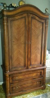 Matching tv cabinet/armoire and end table