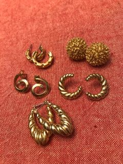 Awesome pierced earring lot (very nice quality)