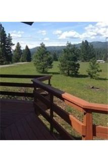 Beautiful 3 bedroom 2 bath log home in the country.