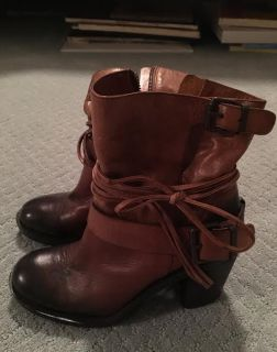 Vince Camuto Booties 8.5