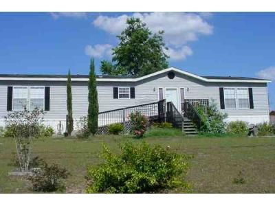 3 Bed 2.0 Bath Foreclosure Property in Summerfield, FL 34491 - SE 60th Ave