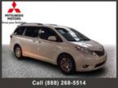 $25447.00 2017 Toyota Sienna with 47752 miles!