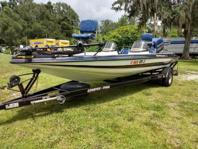 1999 STRATOS 201 PRO ELITE Bass Boat (Blue)
