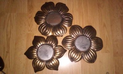 Set of 3 Decorative Metal Flowers w Mirrors