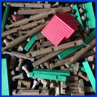 143 Pieces of Lincoln Logs Building Blocks and Parts