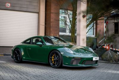 WTB- Looking for a Oak Green, Brewster Green or Macadamia Brown 911 GT3 Touring.