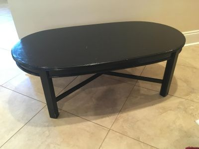 ** Perfect Project Piece** Black Lane Coffee Table