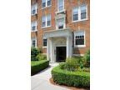 John Harvard Apartments - Two BR