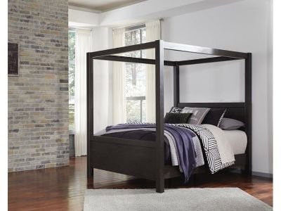 Queen Canopy Bedroom Set w/dresser and mirror, chest of drawers and nightstand