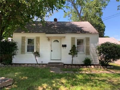 3 Bed 1 Bath Foreclosure Property in East Hartford, CT 06118 - Suffolk Dr