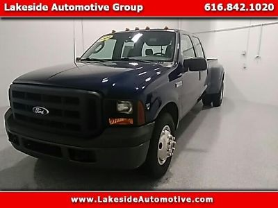 2006 Ford F-350 SD XLT Crew Cab Long Bed 2WD DRW
