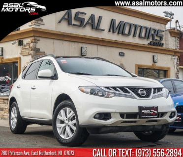 2012 Nissan Murano LE (Glacier Pearl)