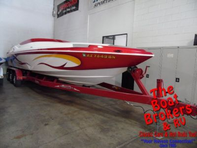 2006 Domin8er 28′ closed bow high performance boat