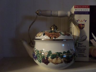 Kinsington Garden Tea Kettle MIB by Philippe Richard