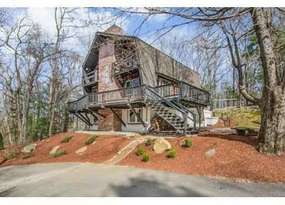 3 Carey Rd Sturbridge Four BR, Oasis in ! A commuter's dream!
