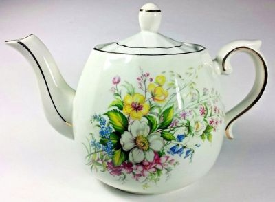 Wood And Sons Ellgreave Ironstone Teapot With Gold Gilding - England