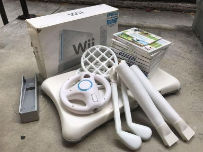 Nintendo Wii Bundle w/ 9 Games, 2 Controllers and Balance Board