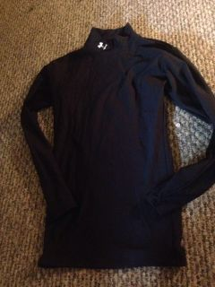 Men's small under armour cold gear top