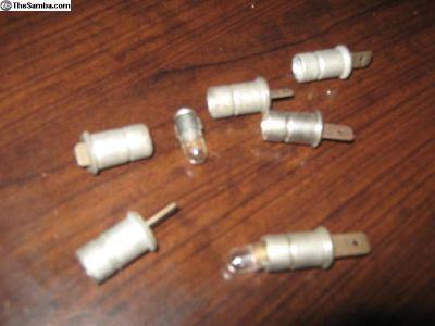 Bulb holders for speedometer lighting