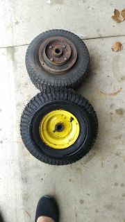 Lawn mowers tires