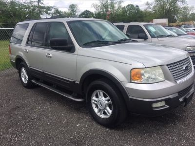 2004 Ford Expedition XLT (Silver Or Aluminum)