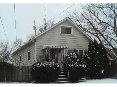 3 Bed 1 Bath Foreclosure Property in Cleveland, OH 44105 - Rathbun Ave
