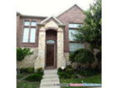 Stunning Upgraded Townhouse In North Plano