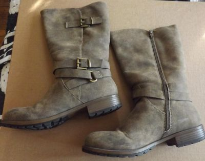 Nice Worn Once Maurices Womens Boots Size 10