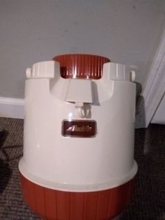 Vintage water dispenser