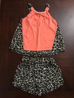 Size 6/6X Two-Piece Outfit