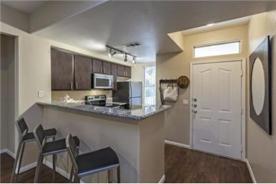 1 bedroom Apartment - Come home to luxurious amenities.