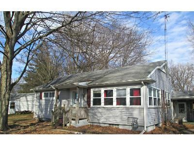 2 Bed 1 Bath Foreclosure Property in Plymouth, IN 46563 - Lincolnway E