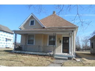 2 Bed 1 Bath Foreclosure Property in Indianapolis, IN 46205 - Macpherson Ave
