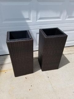 New / Wicker / Large 2 Piece Floor Plant Stand Set